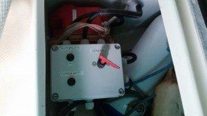 Tormentina - Pannello per il controllo dello staccabatteria (e' nel gavone esterno dx basso, accessibile dal pozzetto)